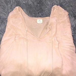 O'Neill shirt. Large. Blush color